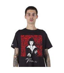 camiseta   stoned pulp fiction preta.