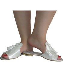 sandalias - flats plateadas con escobillas