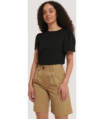 na-kd classic wide bermuda shorts - brown