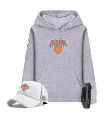 moletom canguru cinza e boné branco personalizado time de basquete new york knicks com relógio de brinde