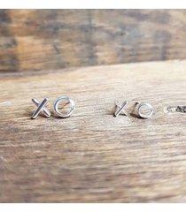 modne kolczyki xoxo