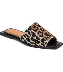 slipper sandals platta sandaler brun ganni