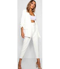 toelopende broek met brede riem en rechte pijpen, white