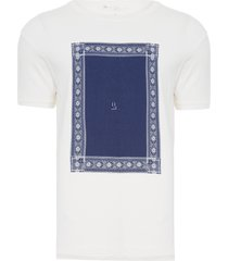 t-shirt masculina estampa frontal - off white