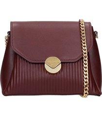 visone shoulder bag in bordeaux leather