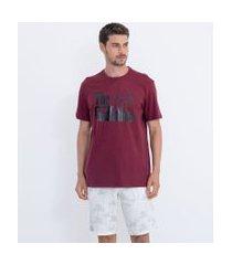 camiseta manga curta com estampa poderoso chefão   o poderoso chefão   vermelho escuro   gg