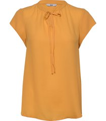 onlalma life poly s/s top solid wvn blouses short-sleeved gul only
