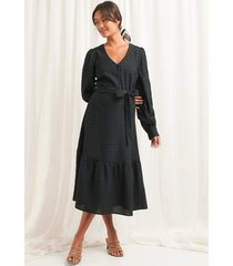 na-kd boho structured tie waist dress - black