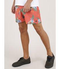 short masculino estampado de folhagem com bolsos coral