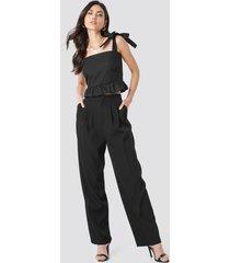 beyyoglu pleated palazzo pants - black
