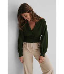 the fashion fraction x na-kd oversize croppad kofta - green