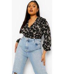 plus korte bloemenprint blouse met ruches en laag decolleté, black