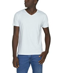camiseta blanca luck & load cuello v manga corta