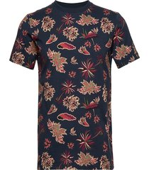 crewneck tee with seasonal all-over print t-shirts short-sleeved blå scotch & soda