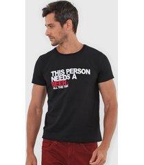 camiseta sergio k lettering preta