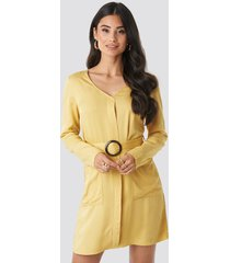 na-kd belted long sleeve dress - yellow