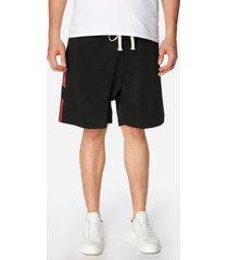 shorts casuales con letras y franjas negras para hombres