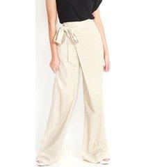 pantalón fluido tipo palazzo color blanco,  bota ancha, tiro alto. color-blanco-talla-12