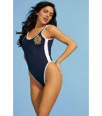 jednoczęściowy kostium kąpielowy z naszywką