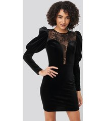 trendyol puff sleeve detailed velvet dress - black