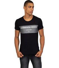 camiseta masculina authentic preto