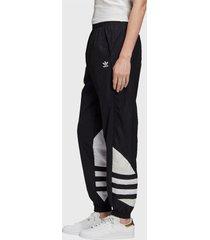pantalón de buzo adidas originals lrg logo tp negro - calce regular
