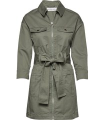 utility twill dress trench coat rock grön ivyrevel
