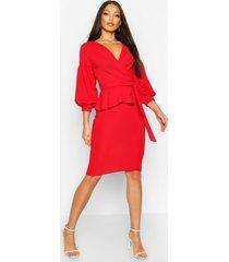 peplum midi wikkel jurk met open schouders, rood