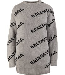 grey oversized woman pullover with black jacquard logo