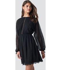 na-kd boho lace-up back mini dress - black