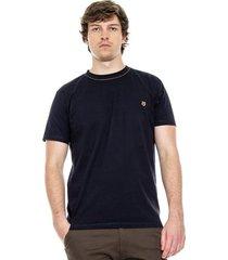 camiseta cuello redondo con costura en cuello y logo bordado color blue