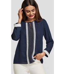 blusa de manga larga redonda de lunares azul marino cuello