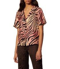 women's sandro animal print short sleeve silk button-up shirt, size 4 - red