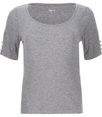camiseta con apliques perlas color gris, talla 10