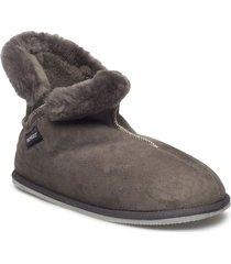oskar slippers tofflor grå shepherd