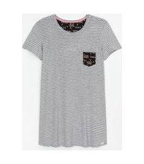 camisola manga curta listrada com bolso estampa lazy bear | lov | cinza | gg