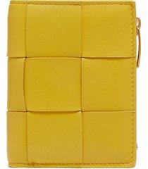 intreciatto nappa leather bi-fold wallet