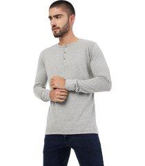 camiseta gris manga larga lec lee