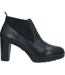 callaghan ankle boots