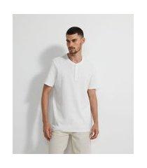 camiseta manga curta texturizada com gola portuguesa | marfinno | branco | eg i