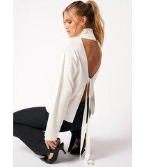 hanna schönberg x na-kd high collar open back knitted sweater - offwhite