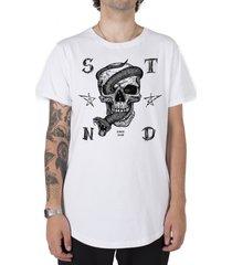 camiseta longline stoned snake skull branca