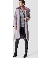 na-kd trend big faux fur collar coat - purple