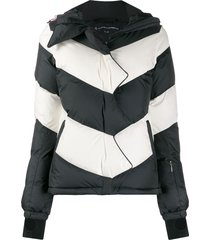 perfect moment super day chevron jacket - black