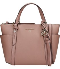 michael kors hand bag in powder leather