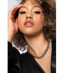 akira twisted heart thick chain necklace