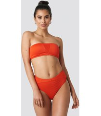 hannalicious x na-kd ribbed folded bikini pantie - red
