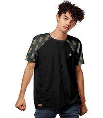 camiseta raglan abacaxis padrão pineapple masculina - masculino