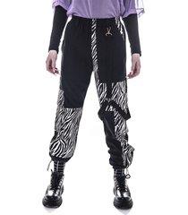 pantalón animal print kabra kuervo neo