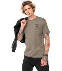 camiseta volcom cali bear verde - verde - masculino - dafiti
